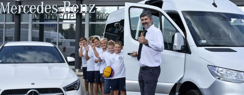Átvettük az új Mercedes kisbuszunkat